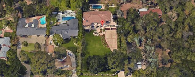 kardashian-jenner-house.png