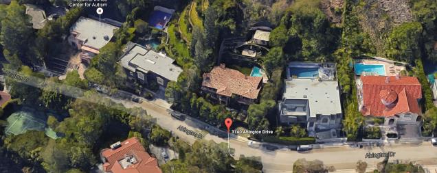 kim-kardashian-house.png