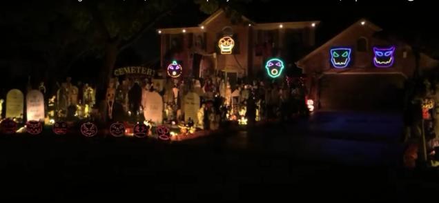 queen-house-halloween-yt.png