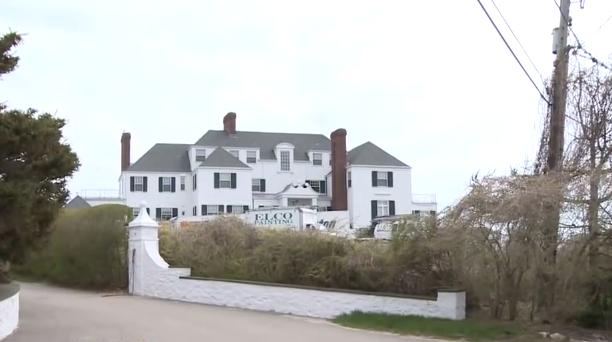 taylor-swifts-beach-house