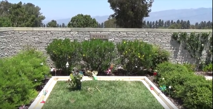 paul-walkers-grave-location-sv2.PNG
