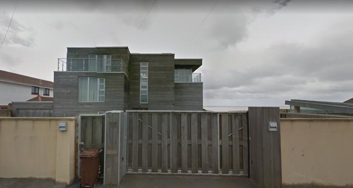 graham-nortons-beach-house-sv