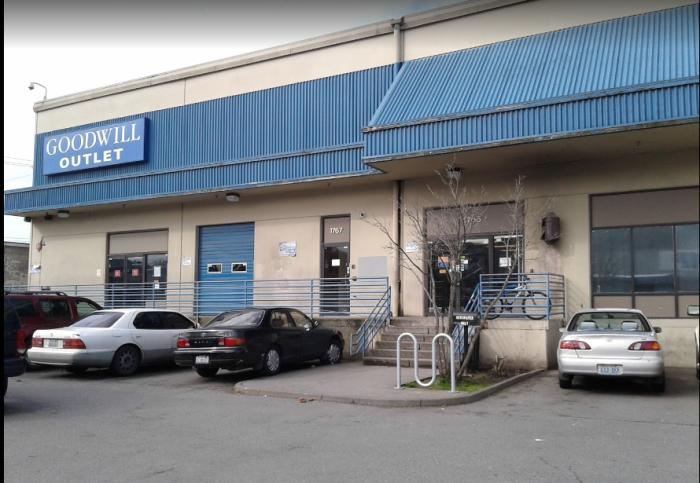 macklemore-thrift-shop-sv.PNG