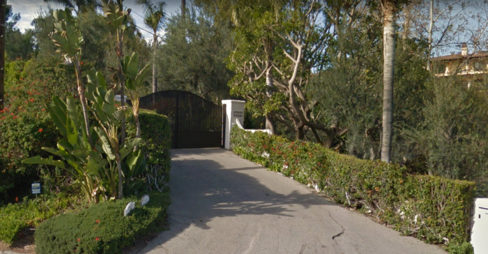 tom-petty's-house-entrance.PNG